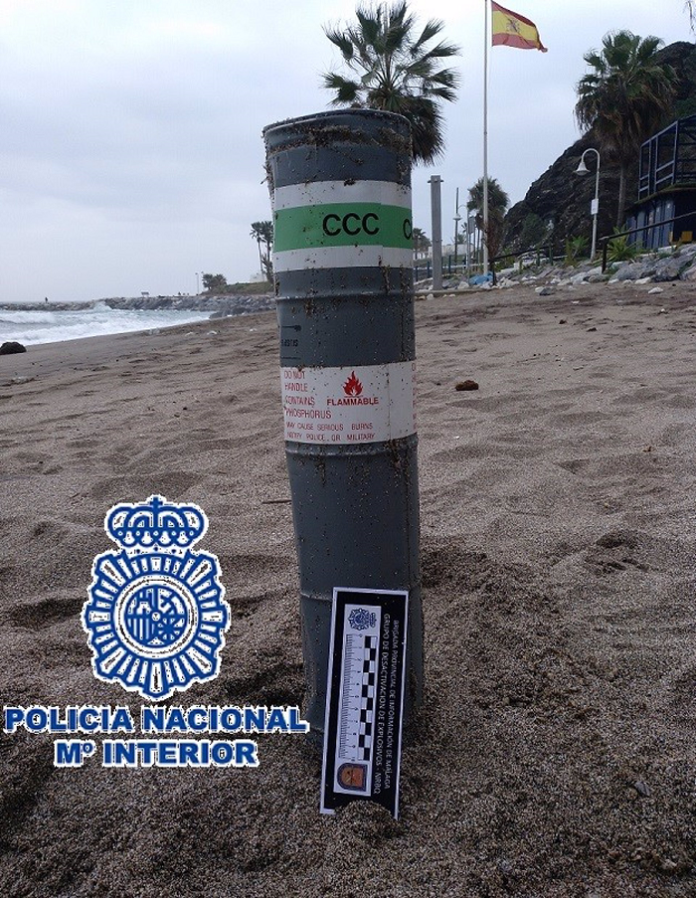 Artilugio neutralizado por los Tedax en Benalmádena se usaba para señalizar posiciones marinas