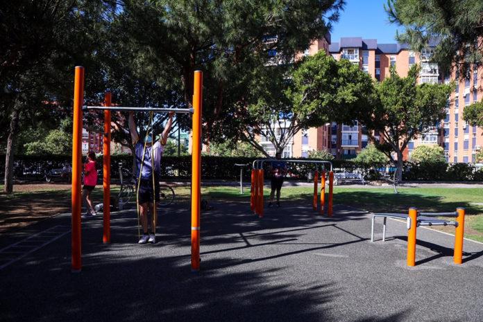 El Parque del Oeste cuenta con nuevos aparatos deportivos