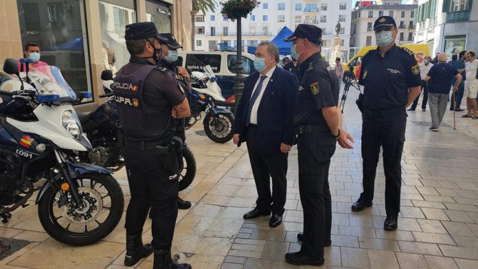 300 agentes refuerzan la plantilla de la Policía Nacional en verano